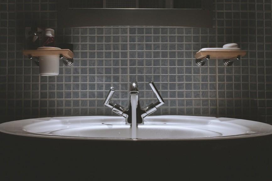 Aranżacja łazienki – zrób to z głową!